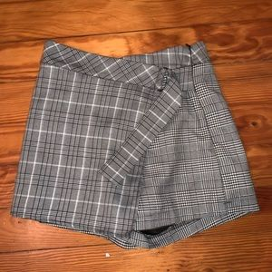 Plaid skort. Size: XS